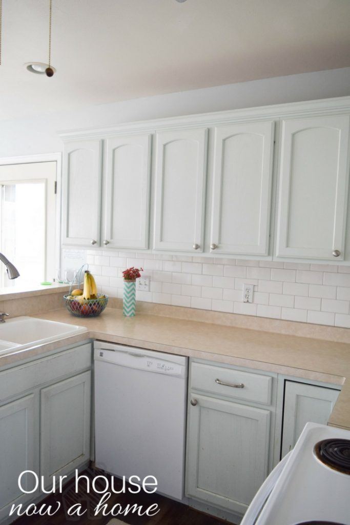 Small kitchen with just a few changes and DIY projects is transformed