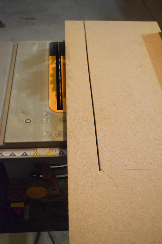 cutting with table saw