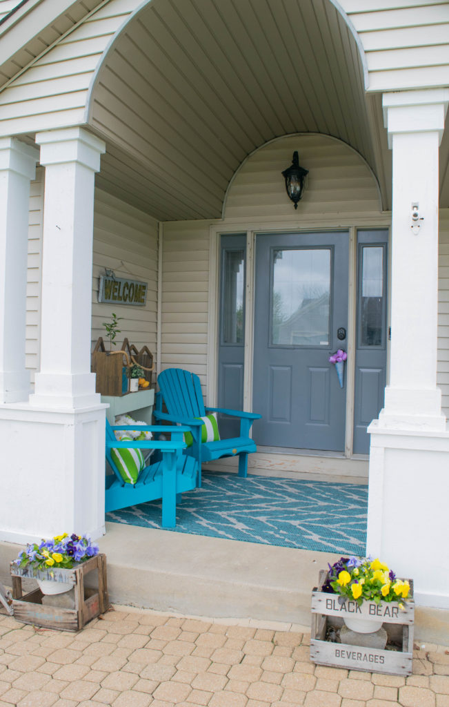 front porch with barrel ceiling