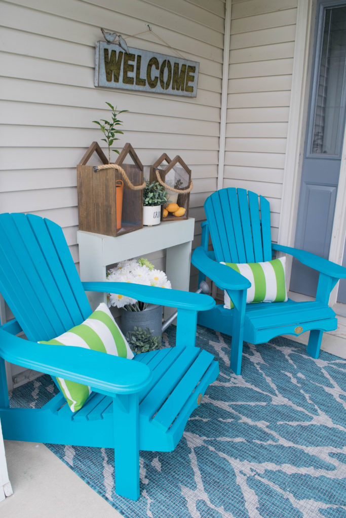 how to decorate a small porch