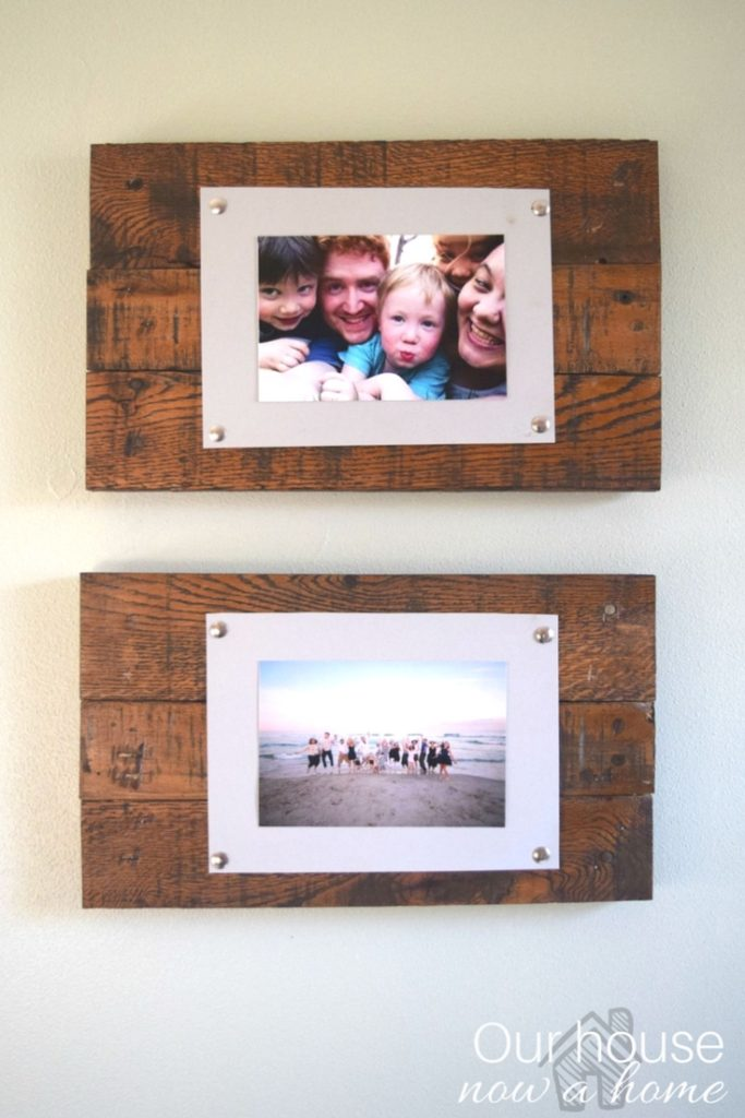 Easy to make wood pallet picture frame and display. Adding a rustic and simple way to display pictures, a low cost DIY project.