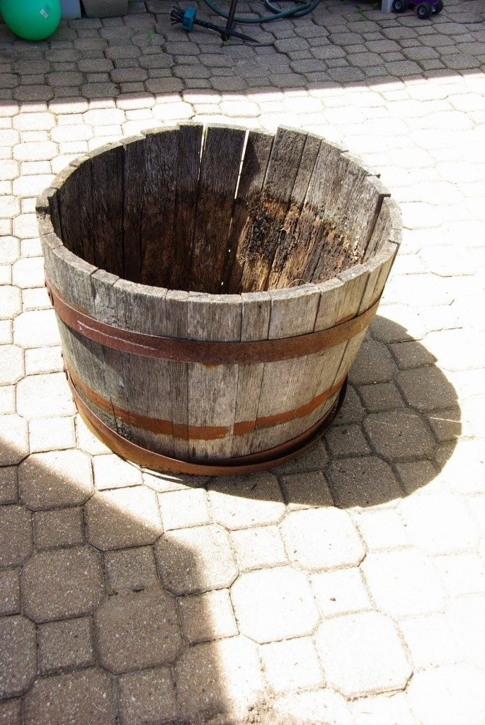 wine barrel DIY water fountain