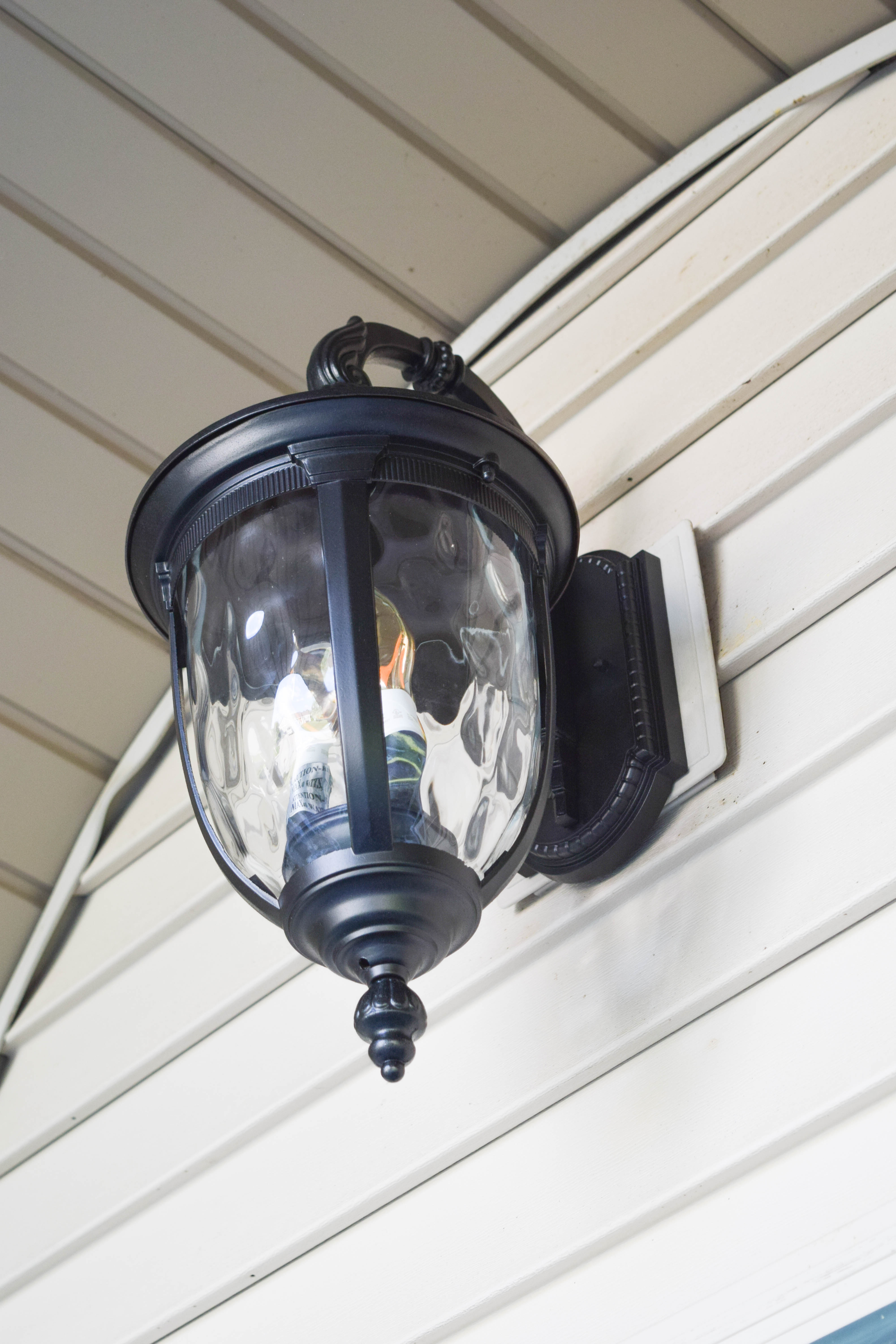 Do you already have led lighting inside the house part 1 come - We Also Updated The Lighting In The Front Of The House The Same Light Fixtures Are There But They Now Have Led Bulbs As Well Which Makes Me Feel So Much