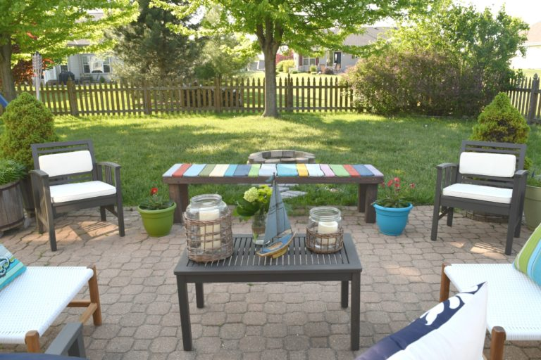 outdoor-coffee-table-ideas
