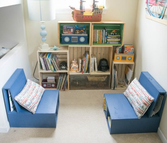 DIY wooden crate bookshelf, making the perfect kids reading nook
