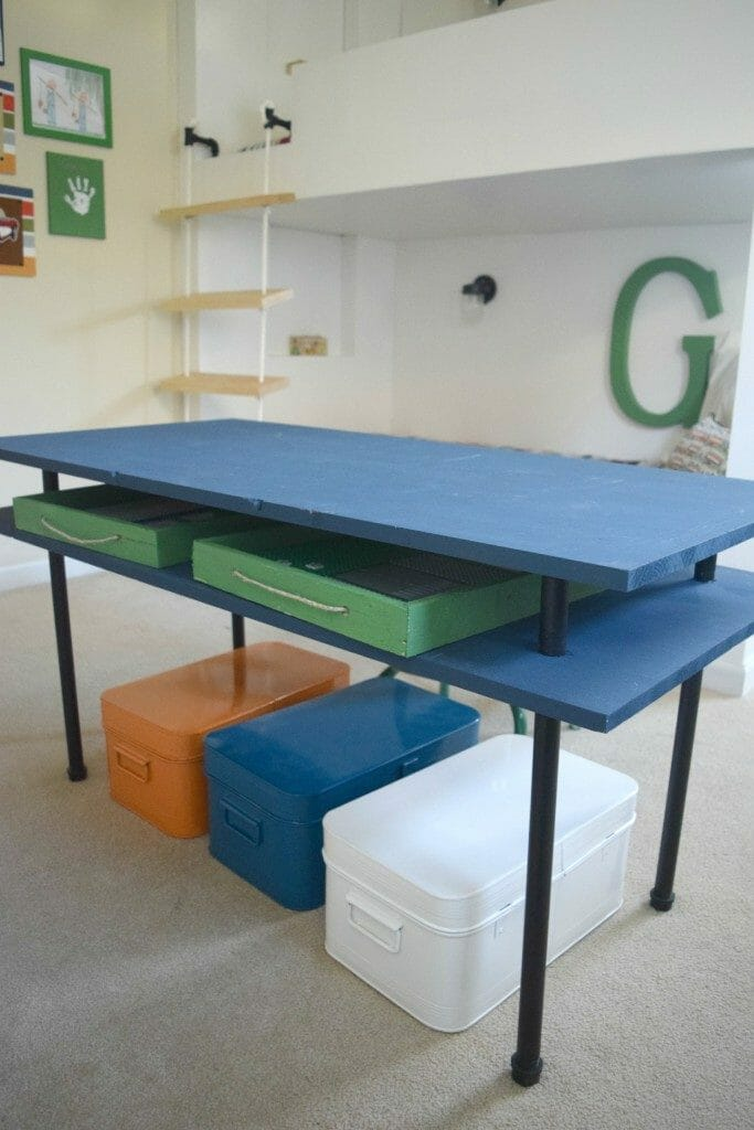DIY-playroom-table-683x1024
