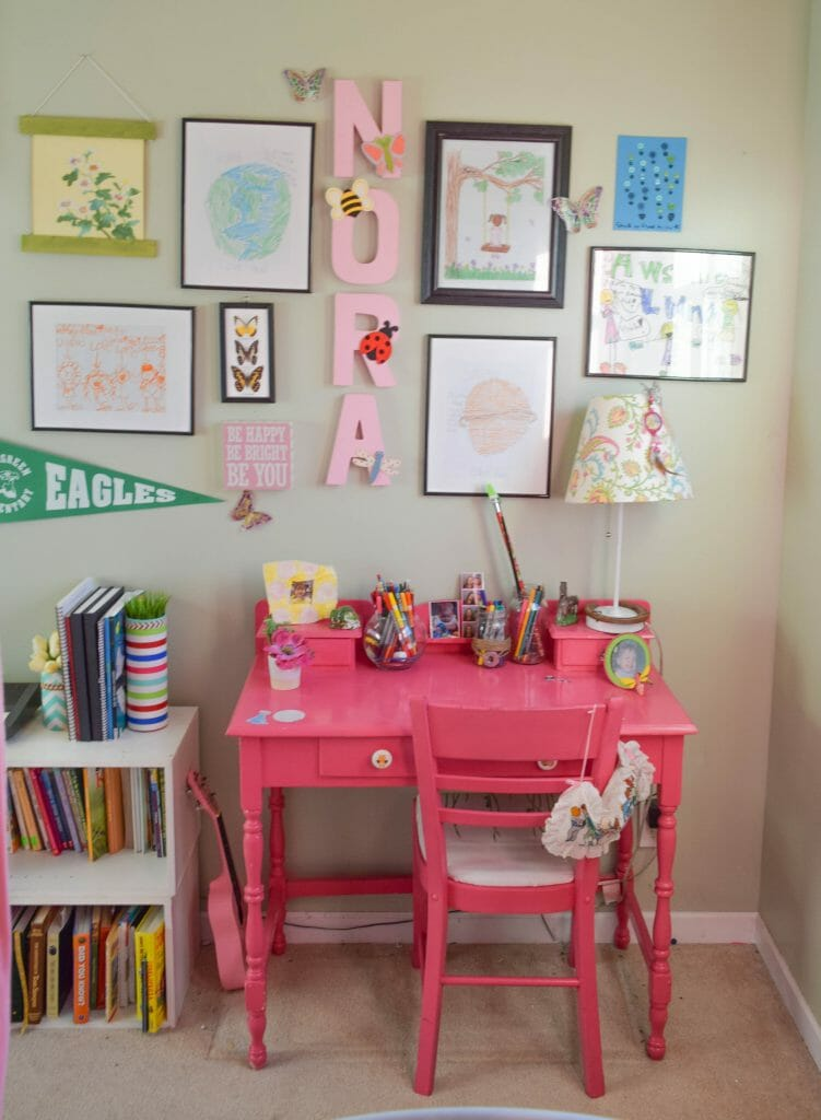 homework space in girl bedroom