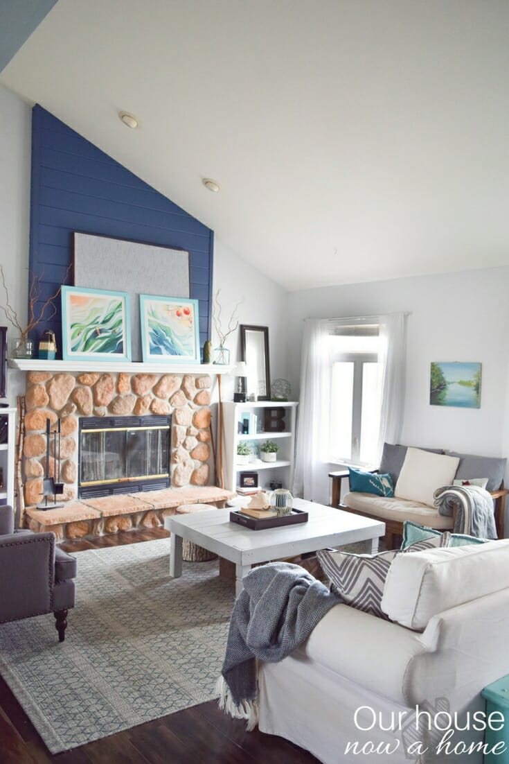 How to blend fall decor into a blue and coastal themed style • Our ...