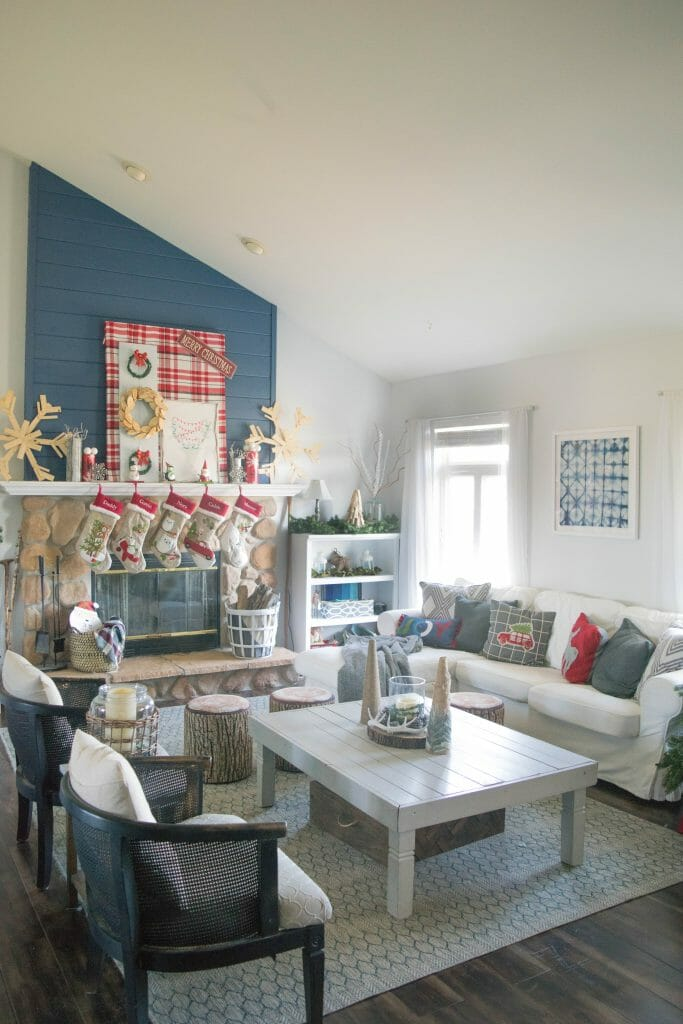 home decor blogger Christmas home tour