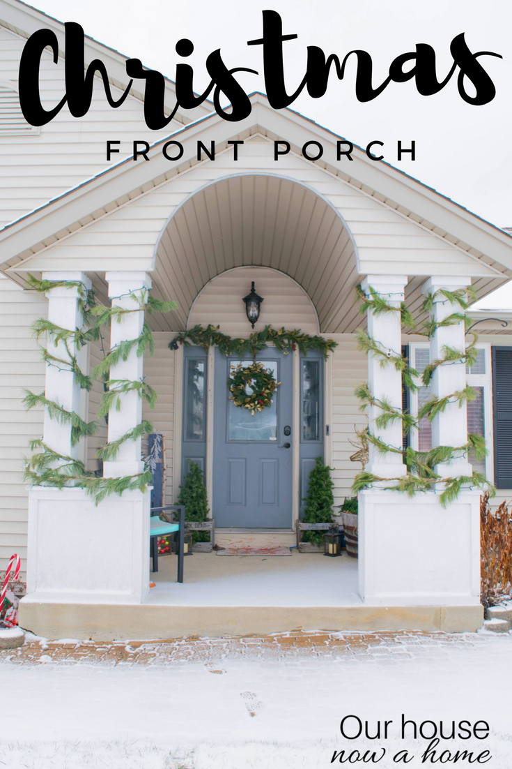 Christmas front porch decor ideas. Simple, low cost and DIY ideas to decorate outdoors for the holiday season.