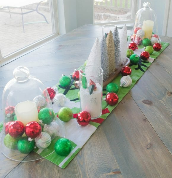 How to make a simple holiday dining room table centerpiece