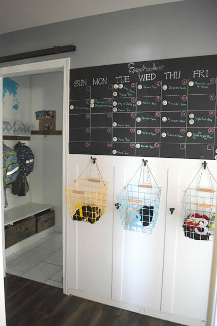 Easy Tips Amp Diy Ideas To Keep The Whole Family Organized