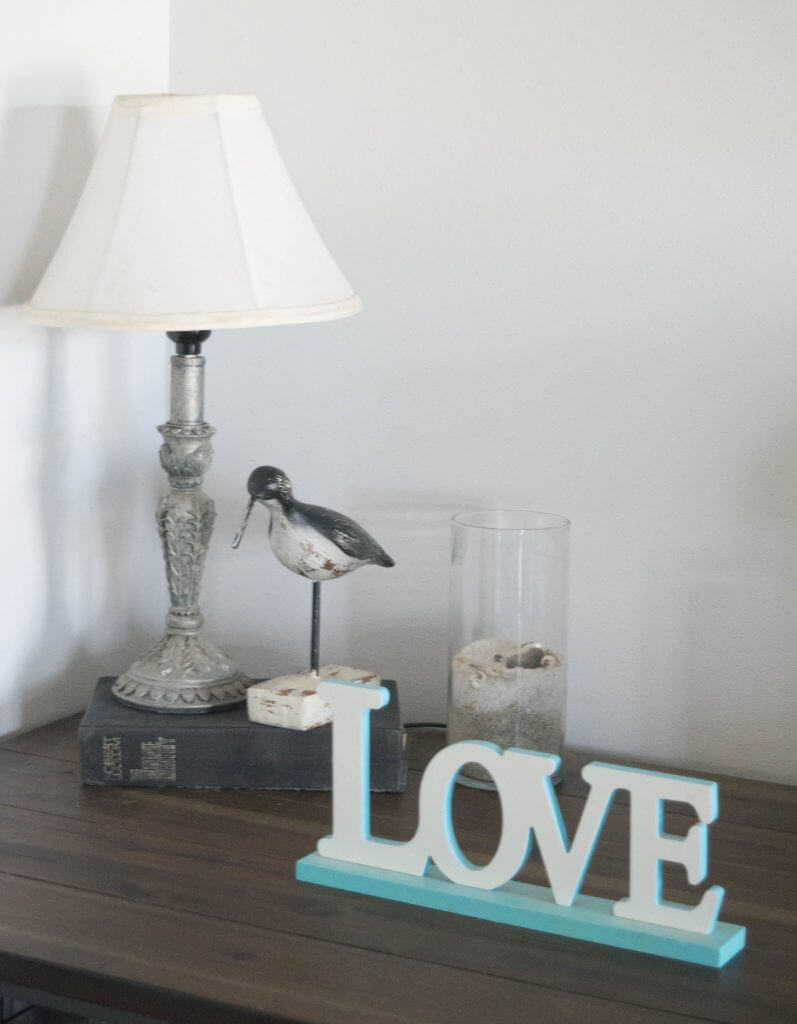 simple beach decor