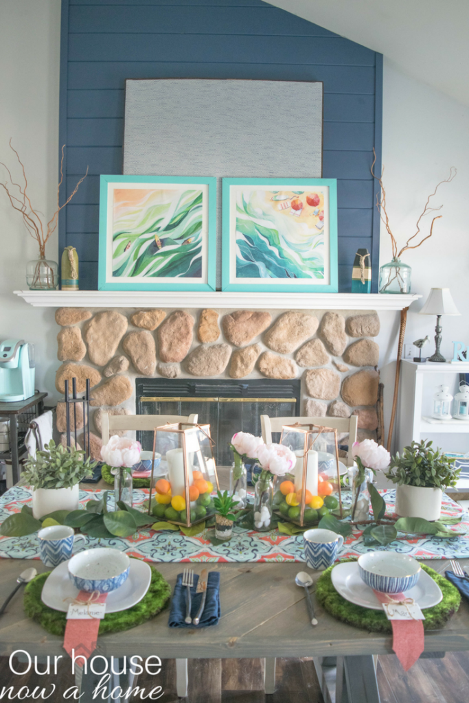 DIY and simple ideas for a bold and colorful Spring tablescape, inspired by nature.
