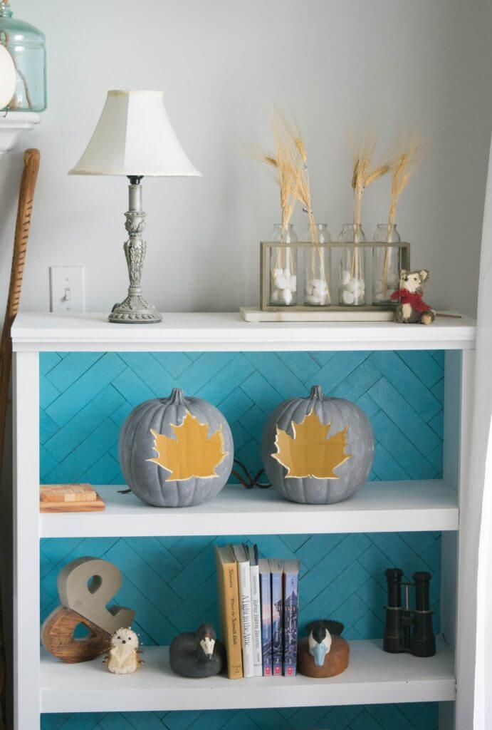 fall shelf decor